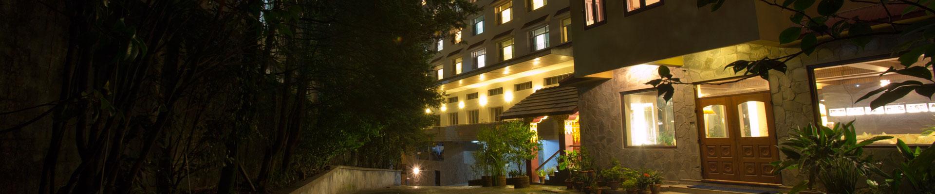 hotel-rendezvous-exterior